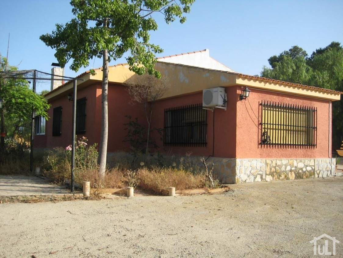 Chalet – 3 dormitorios – La Cañada – Alicante