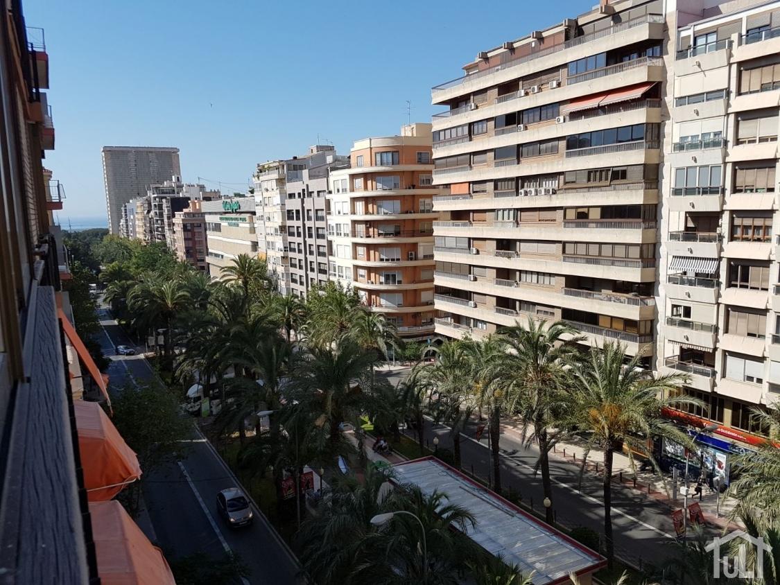 Piso – 3 dormitorios – Alicante – Centro