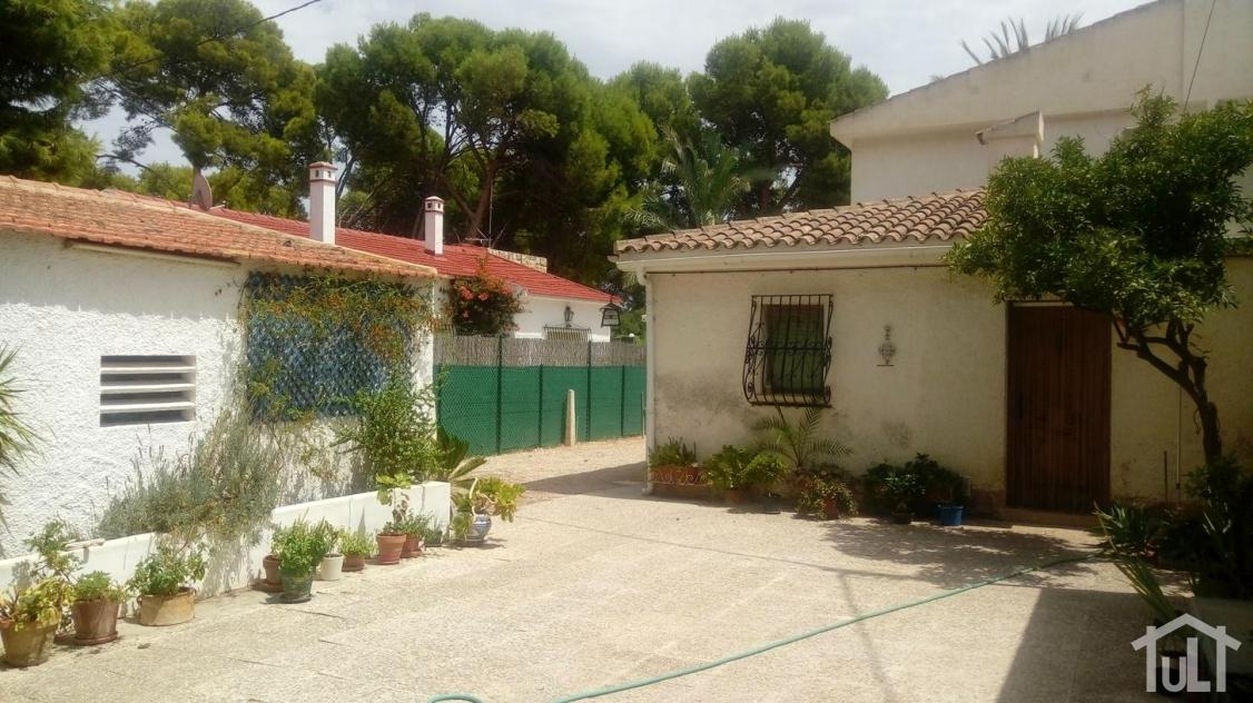 Chalet – 6 dormitorios – El Campello – Playa Muchavista