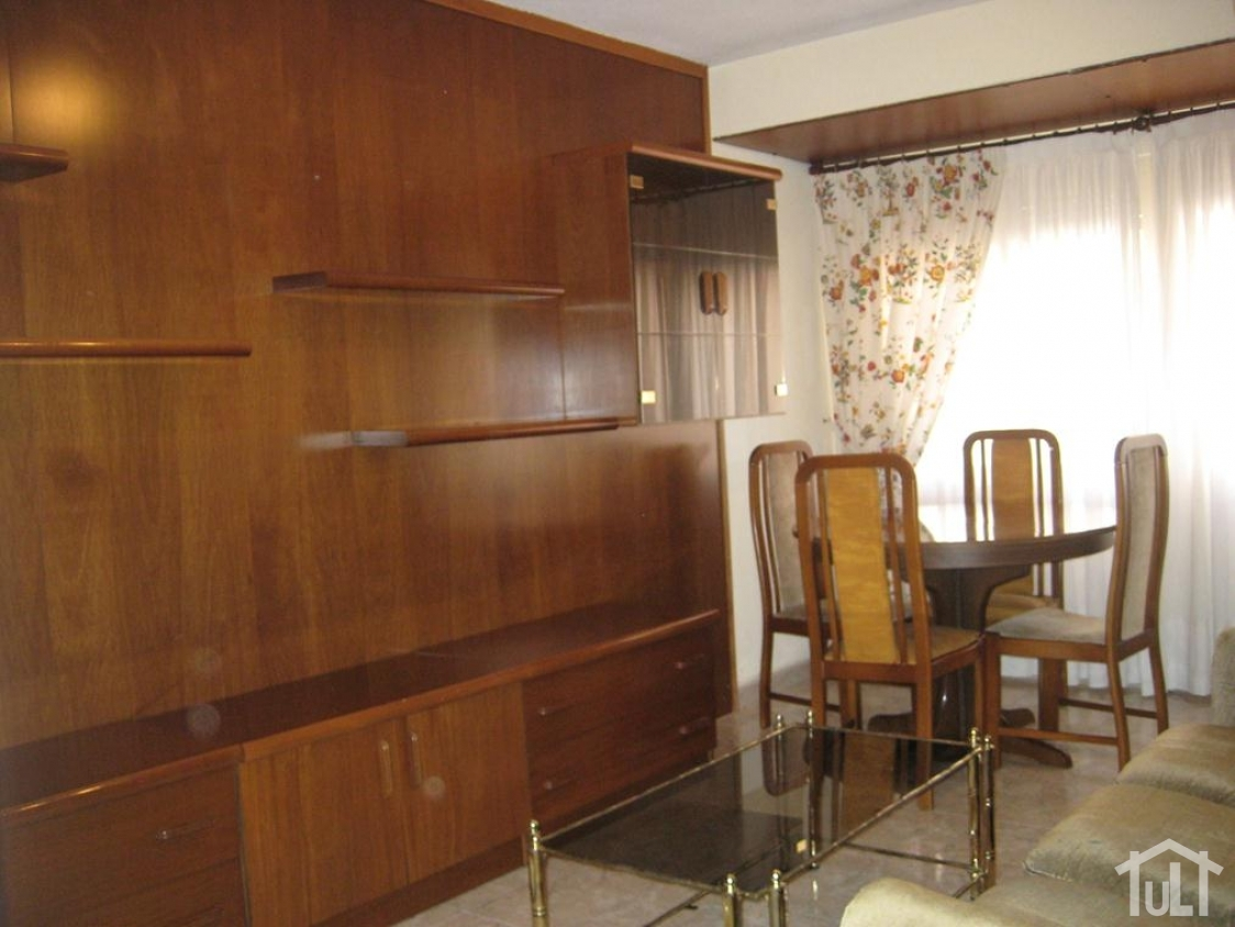 Piso – 4 dormitorios – Alicante – Campoamor