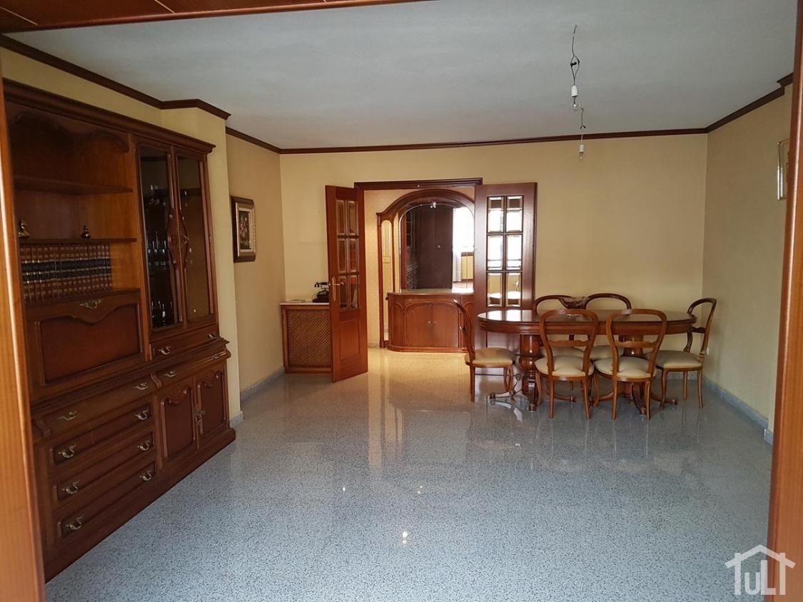 Piso – 5 dormitorios – La Florida – Alicante