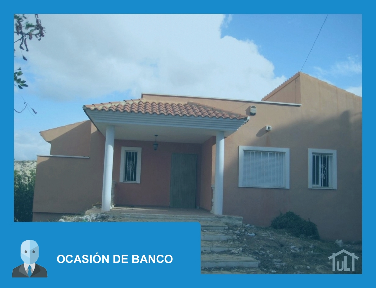 Chalet – 3 dormitorios – Busot – Ocasion de Banco