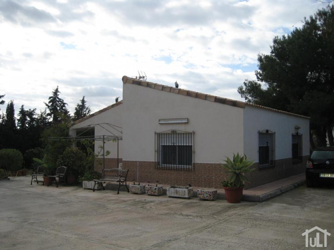 Chalet – 3 dormitorios – Alicante – Moralet