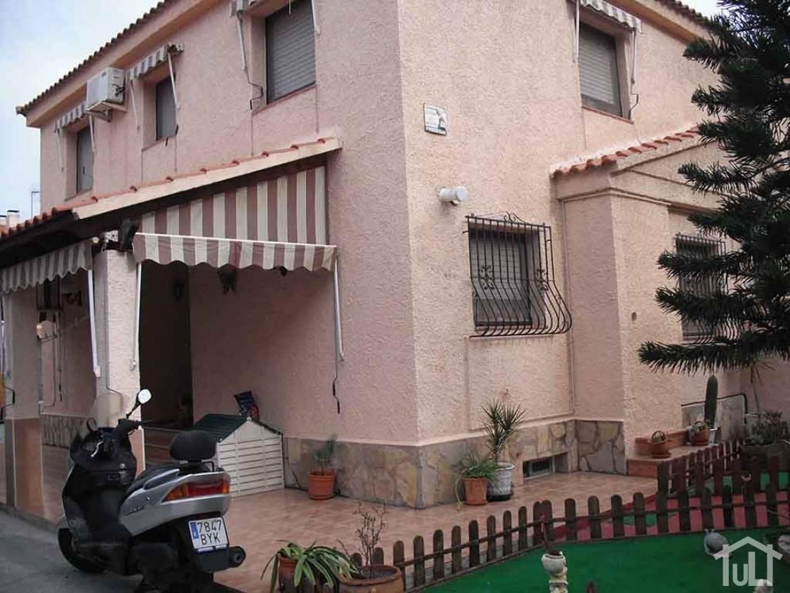 Chalet – 4 dormitorios – San Vicente del Raspeig – Haygon