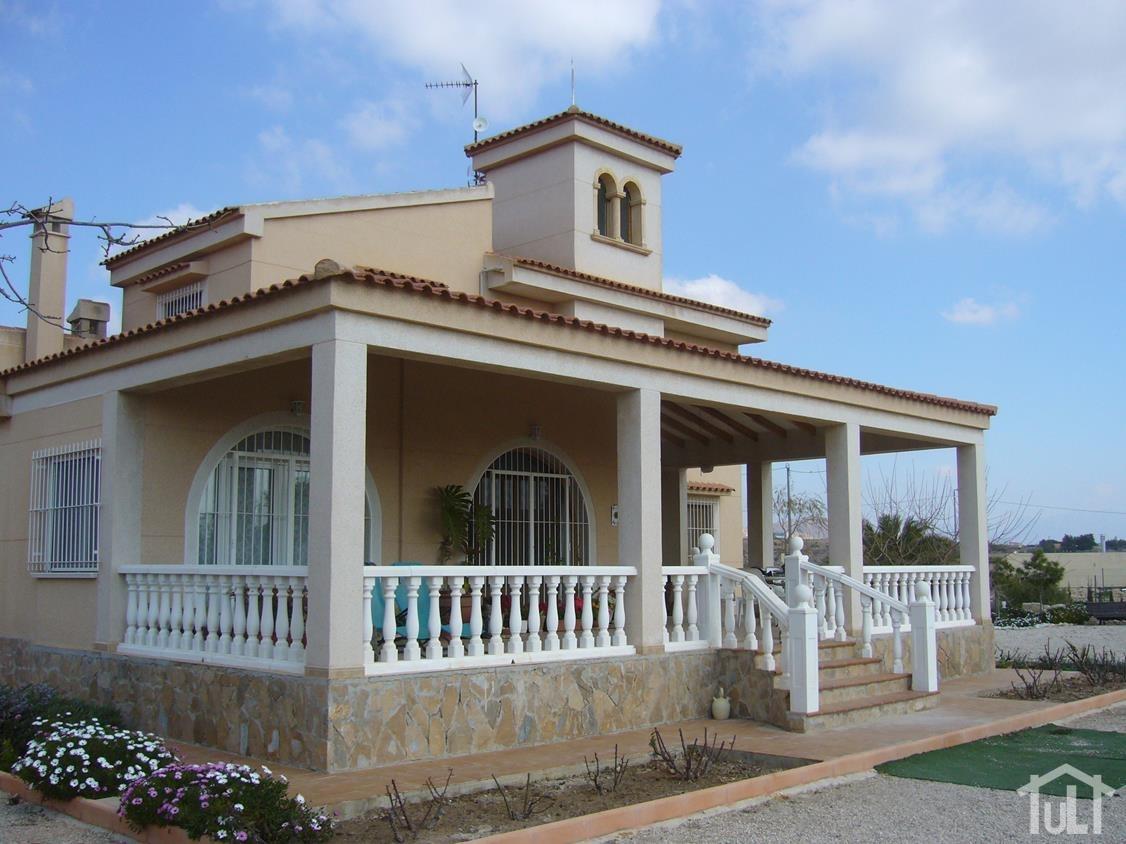 Chalet – 2 dormitorios – Verdegas – Alicante