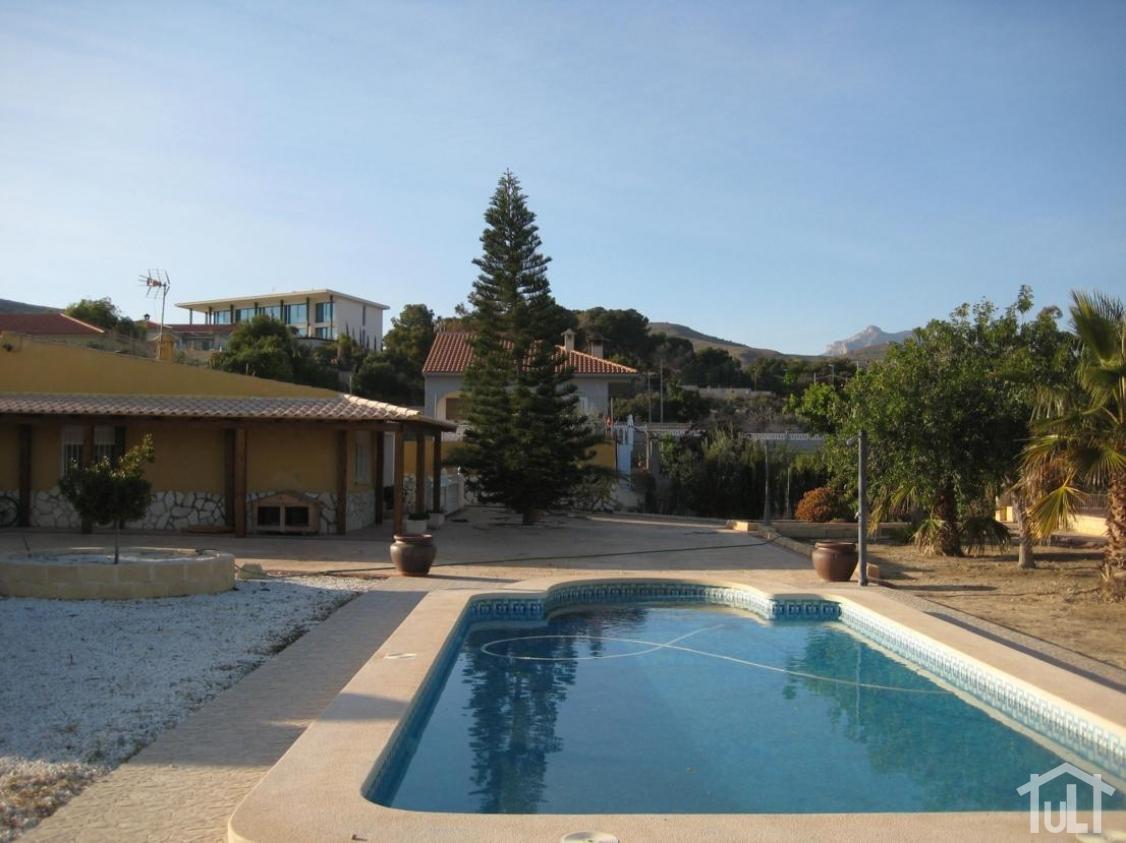 Chalet – 3 dormitorios – Muchamiel – Valle del sol
