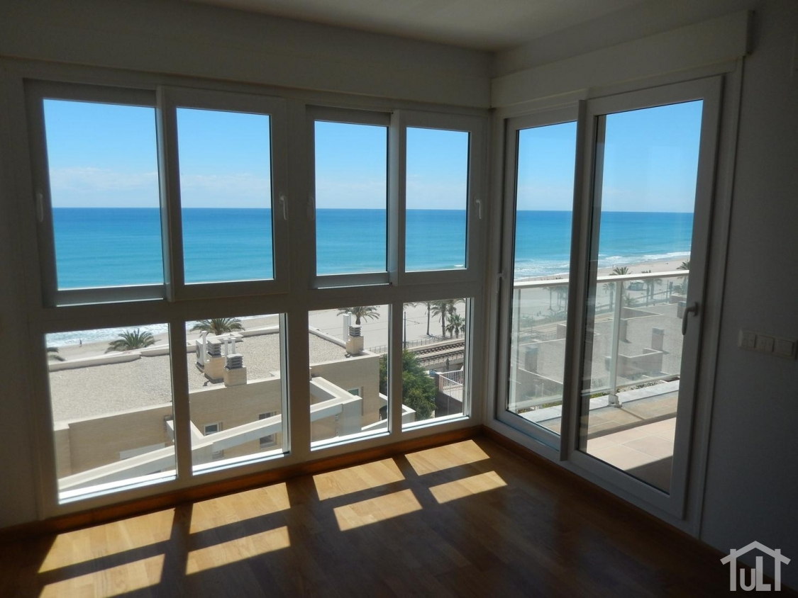 Apartamento – 2 dormitorios – Playa Muchavista – El Campello