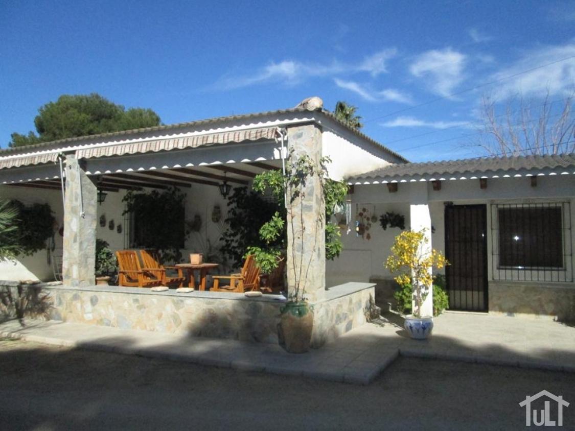 Chalet – 4 dormitorios – Villafranqueza – Alicante