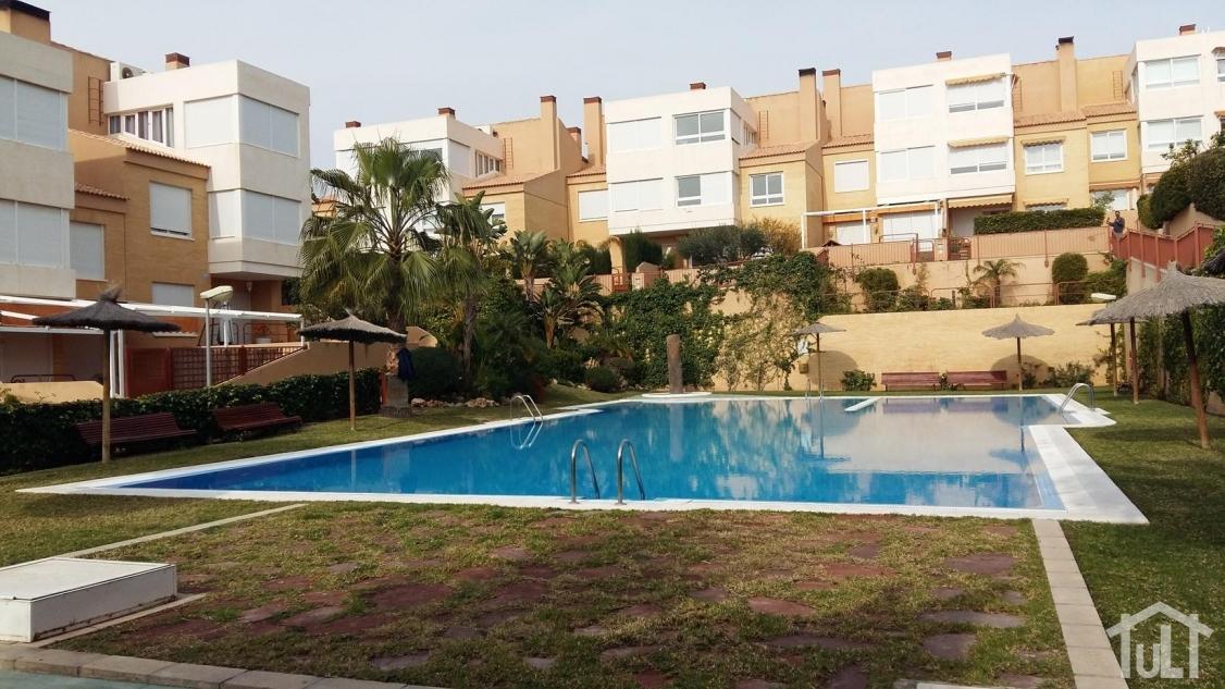 Adosado – 4 dormitorios – Playa de San Juan – Cabo Huertas