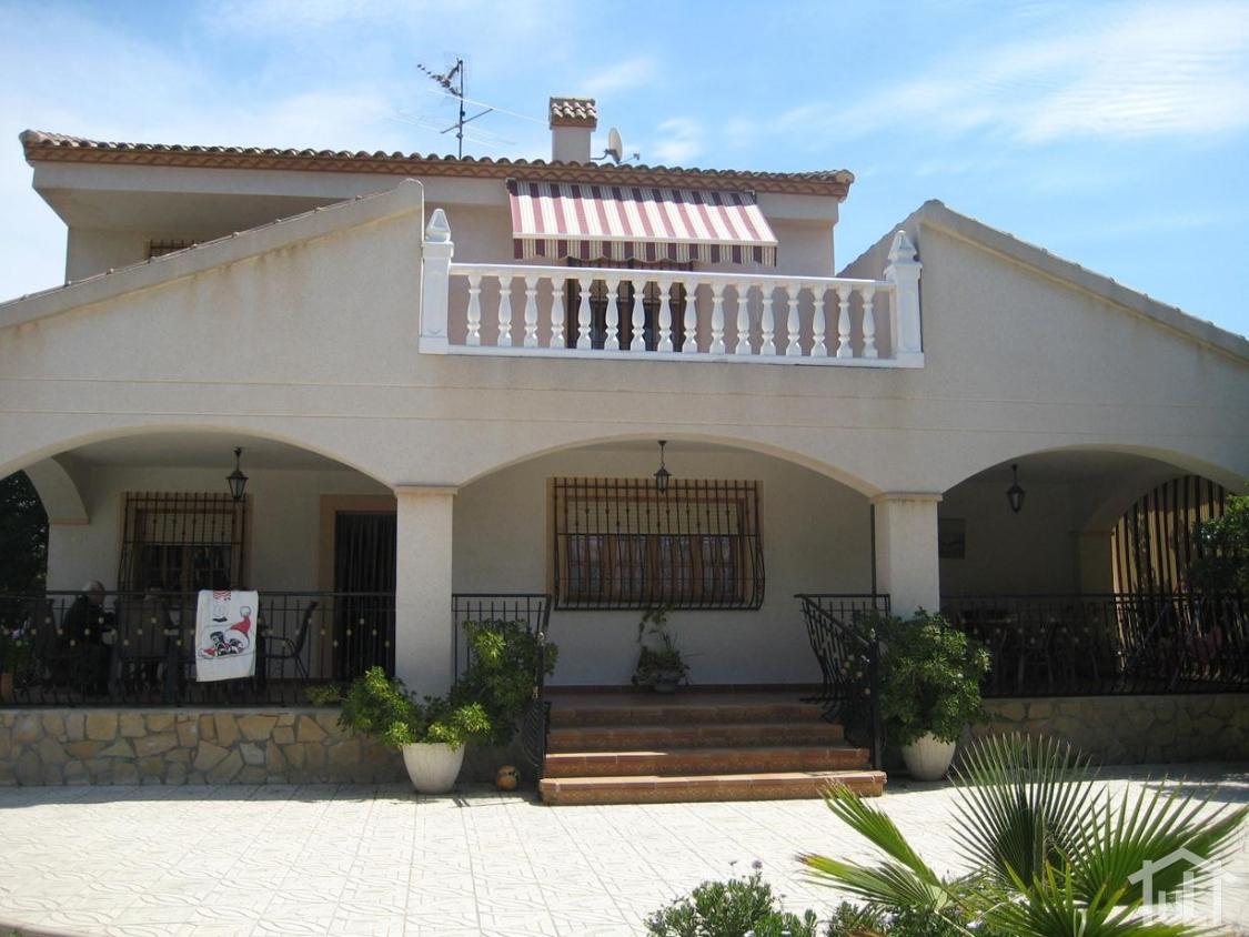 Chalet – 7 dormitorios – Los Girasoles – San Vicente del Raspeig