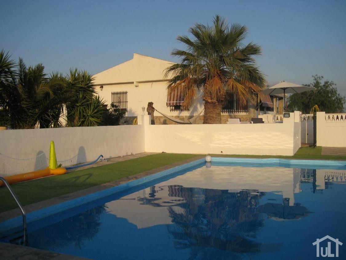 Chalet – 3 dormitorios – Alicante – Verdegas