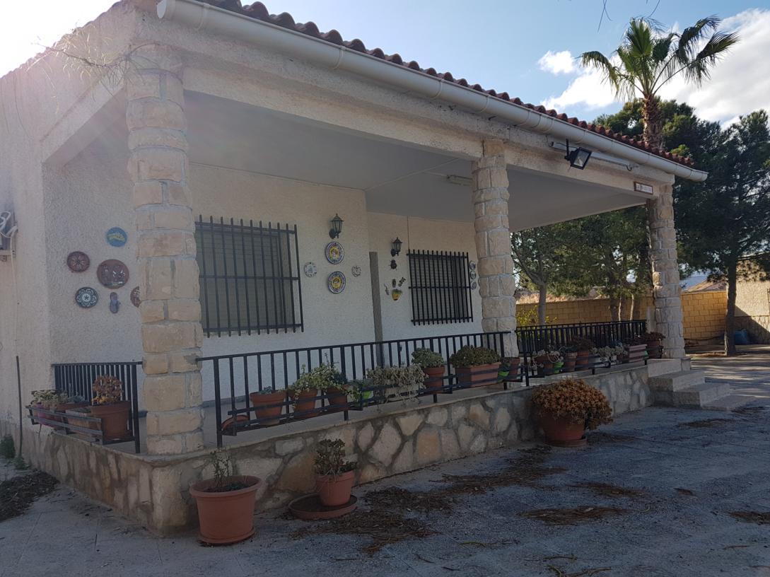 Chalet – 4 dormitorios – Alicante – Cañada Fenollar