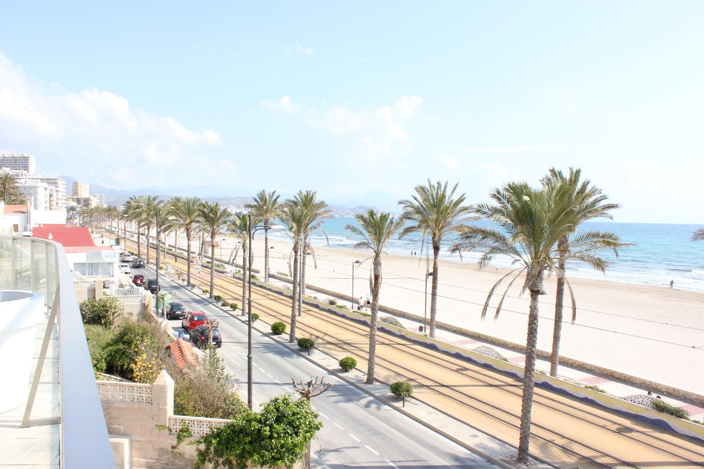 Piso – 2 dormitorios – Playa Muchavista – El Campello