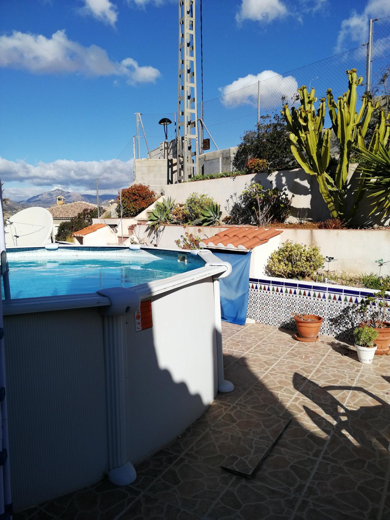 Chalet – 2 dormitorios – Busot – Alicante
