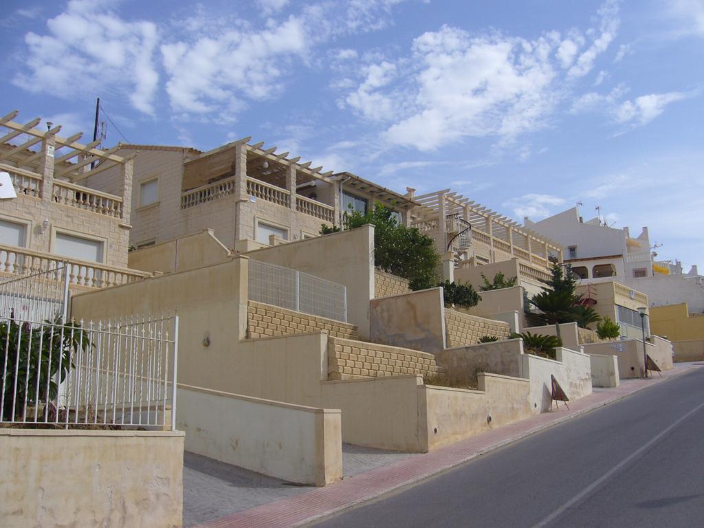 Adosado – 3 dormitorios – Ocasión de Banco – El Campello – Venta Lanuza
