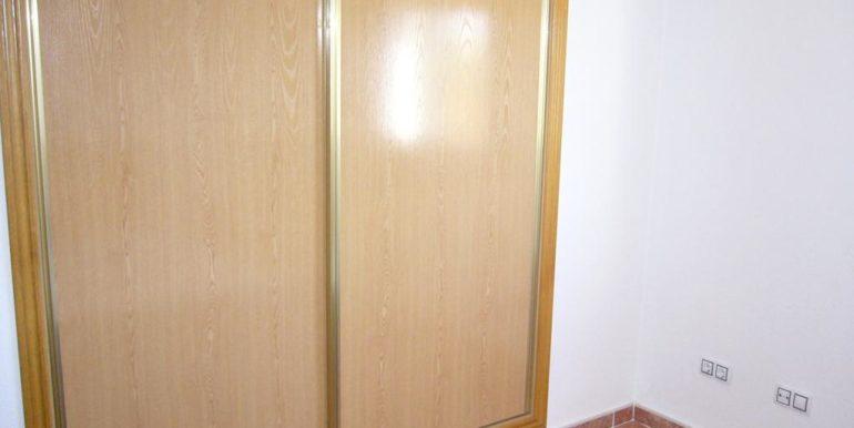 P1200894